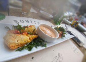 salmon miss maridajes restaurante bonito pop food